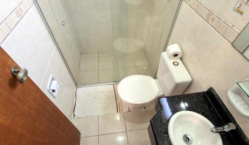 Banheiro Suíte Triplo Lateral com Varanda