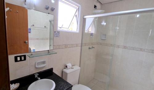 Banheiro Suíte Quádruplo Luxo sem Varanda